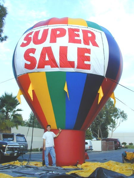 Cold-Air Advertising Balloons and Outdoor Inflatables
