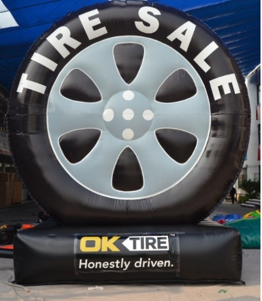 Custom Advertising Inflatable for Tire Sale Promotions